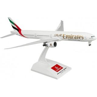 Модель пасажирський літак Boeing 777 Emirates 20см