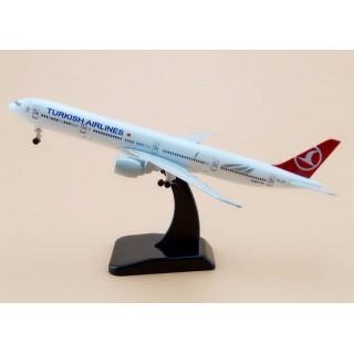 Модель пасажирський літак Boeing 777 Turkish Airlines 20см