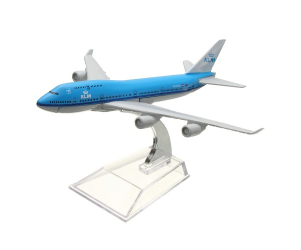 Модель пасажирський літак Boeing 747 KLM