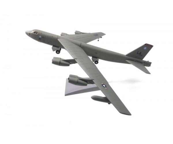 Модель бомбардувальник Boeing B-52 Stratofortress