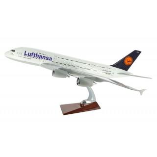Модель пасажирський літак Airbus A380 Lufthansa 43см