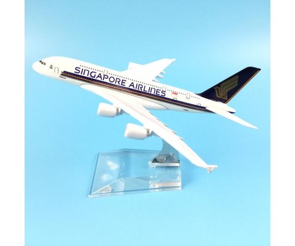 Модель пасажирський літак Airbus A380 Singapore